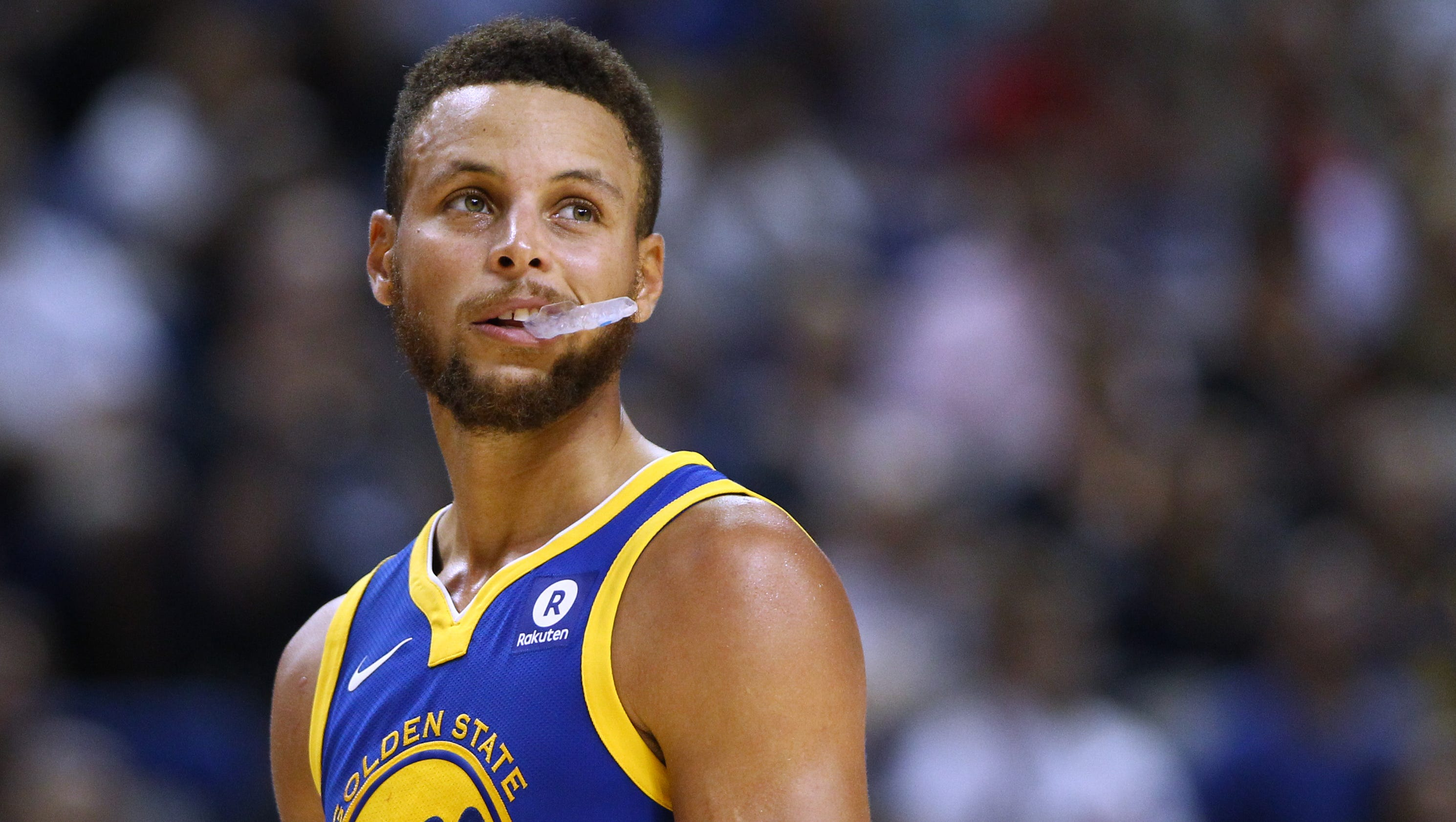 Warriors' Stephen Curry weighs in on Veterans Day, Trump's ...
