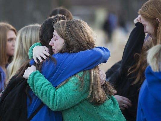 APTOPIX School Shooting Kentucky