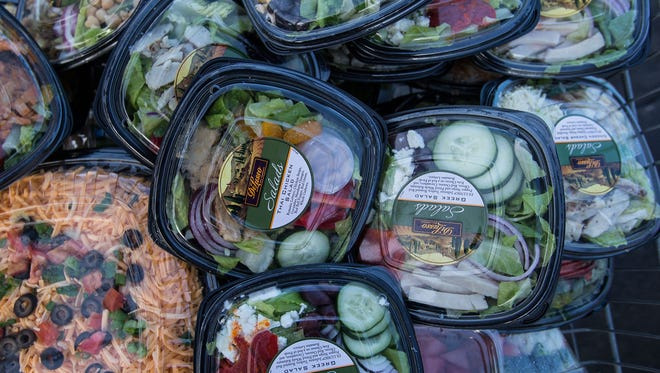 In a first-of-its-kind announcement, the Obama administration has set a goal to cut food waste in half by 2030.