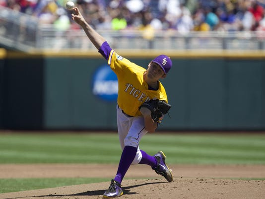 NCAA Baseball: College World Series-Cal State Fullerton vs LSU