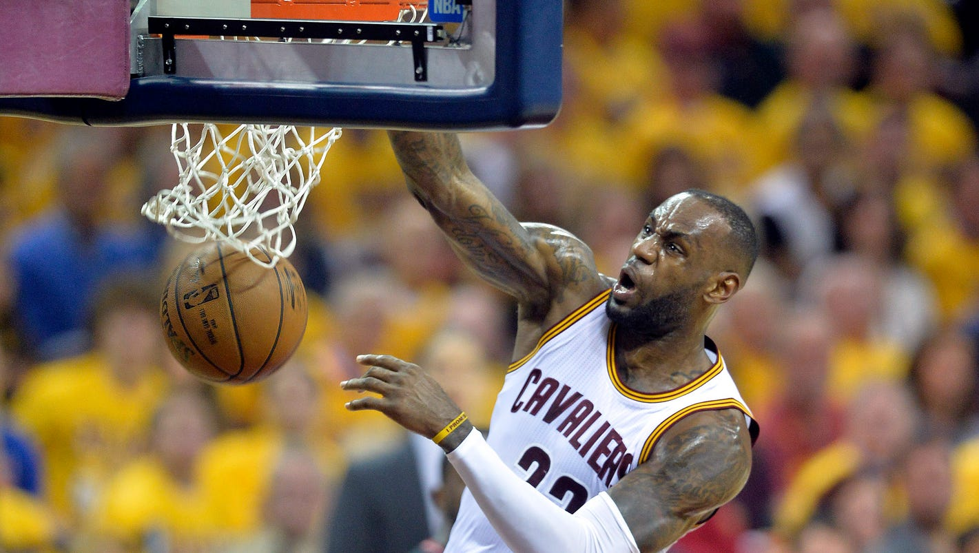 Lebron james cavaliers pound raptors in game 1 of for Piscine 3 05 x 0 91