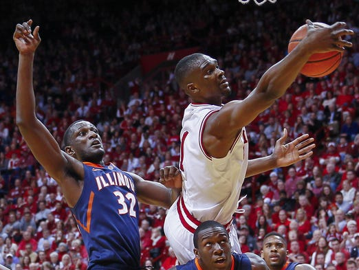 Noah Vonleh #1 of the Indiana Hoosiers reaches for a rebound over the back of Kendrick Nunn #25 of the Illinois Fighting Illini at Assembly Hall on January 26, 2014 in Bloomington, Indiana. (Photo by Michael Hickey/Getty Images)