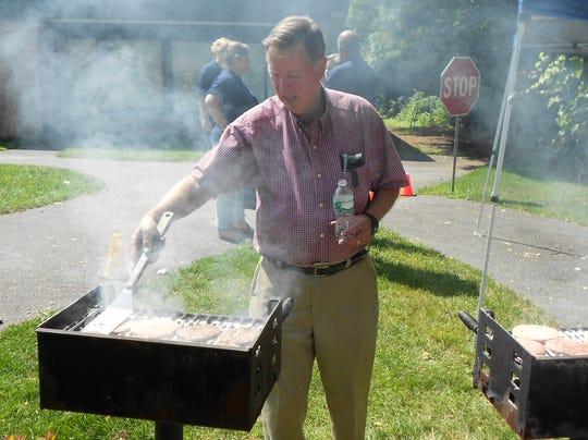 Pok. Rotary.3. Polgren cooking.jpg