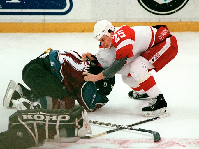 Avalanche's Claude Lemieux and Red Wings' Darren McCarty