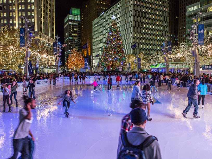 Enjoy the beautiful rink in the heart of downtown Detroit.  Enter thru 1/31.