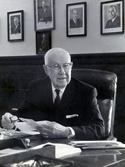 Former El Paso Mayor and U.S. Rep. R.E. Thomason observes