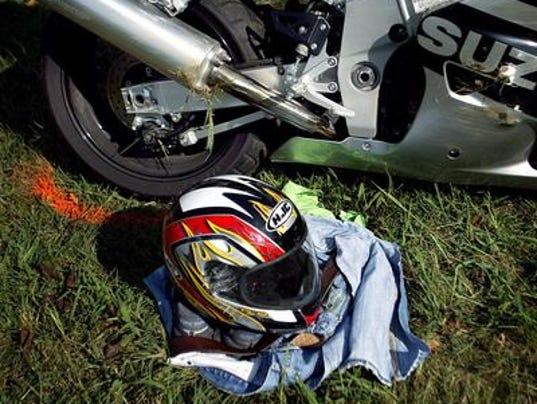 635629034690045163-helmet