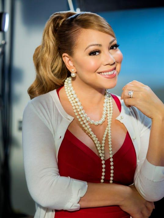 Mariah Carey carries '... Mariah Carey Christmas