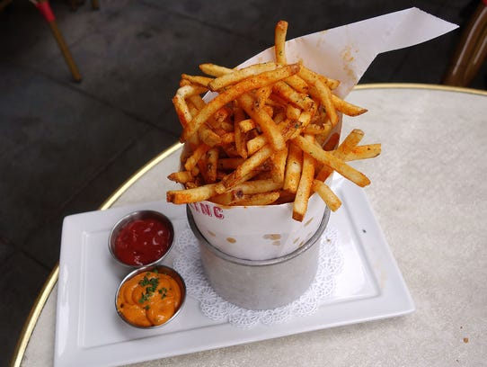House frites with marjoram, paprika and fleur de sel