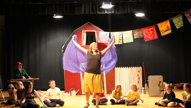 """Godelieve Richard in """"To Bee or Not to Bee,"""" a pollinator-themed show for all ages comes to Shenandoah Fringe Festival on April 8-9 at Stuart Hall School in Staunton."""
