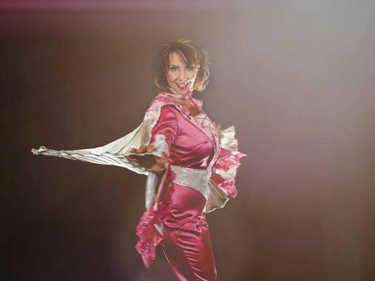 "Debby Rosenthal stars in Phoenix Theatre's season opener, ""Mamma Mia!"""