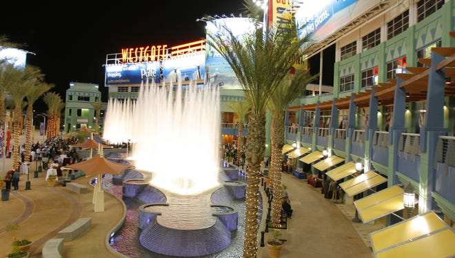 WaterDance Plaza at Westgate Entertainment District. Westgate is one of the close dining options to University of Phoenix Stadium.