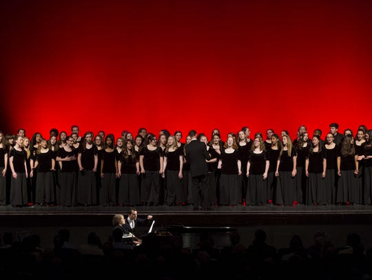 The Indianapolis Children's Choir performs.