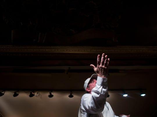 Bob Kemp performs at a rehearsal at the Dickens.