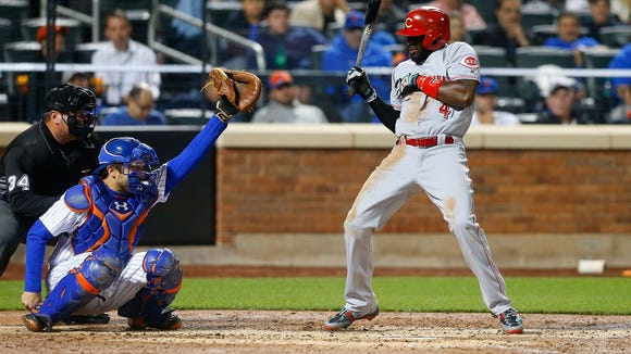 Brandon Phillips was hit by a pitch from Mets starter
