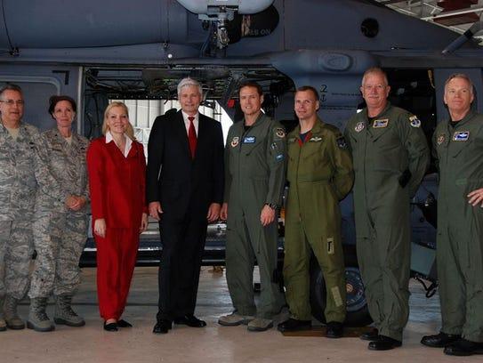 """Col. Christopher """"Sunshine"""" Hannon (far right) was"""