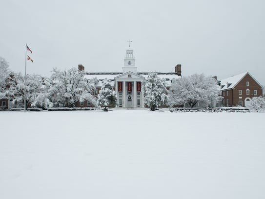 A view of Holloway Hall at Salisbury University on