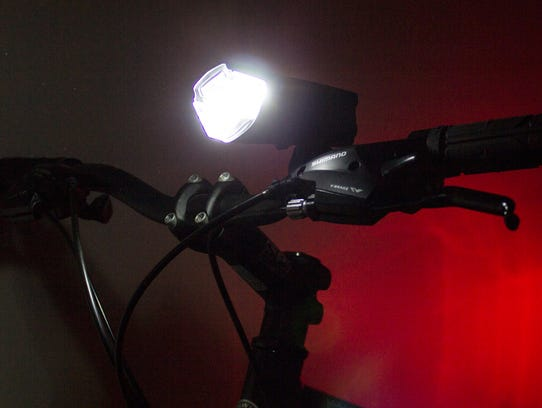 Satechi RideMate Headlight - 10