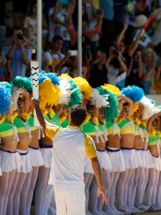 Olympic Torch Arrives in Brasilia