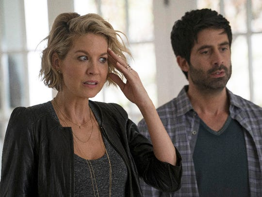 """A fiercely independent career woman, Alice (Jenna Elfman) has her life turned upside-down when she meets Ben (Stephen Schneider), a divorced father with three children, and soon falls head-over-heels for him. This triggers more upheaval when the imaginary friend she created as a child, Mary, suddenly reappears as she is nervous to meet Ben's kids for the first time, on the special preview of """"Imaginary Mary."""""""
