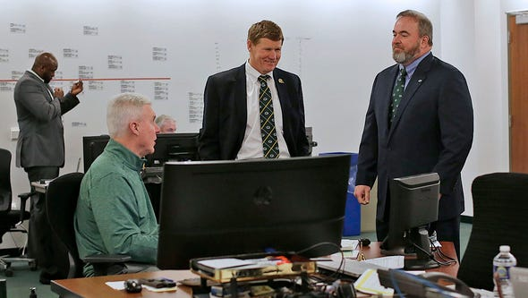 Green Bay Packers general manager Ted Thompson (left),