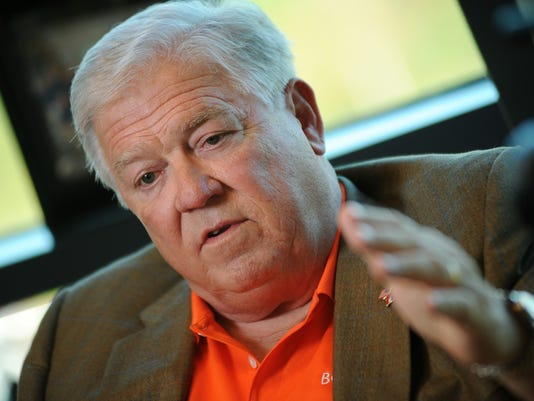 TCL Haley Barbour 06.jpg