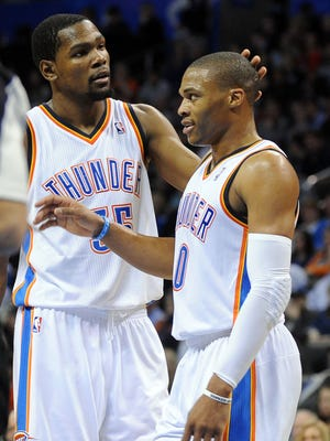 Kevin Durant (35) and Russell Westbrook (0) combined for 52 points for the Thunder.