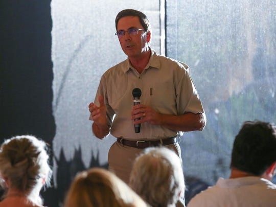 "Allen Monroe shares a story of a ""close encouter"" during the Coachella Valley Storytellers Project at the Living Desert, August 21, 2017."