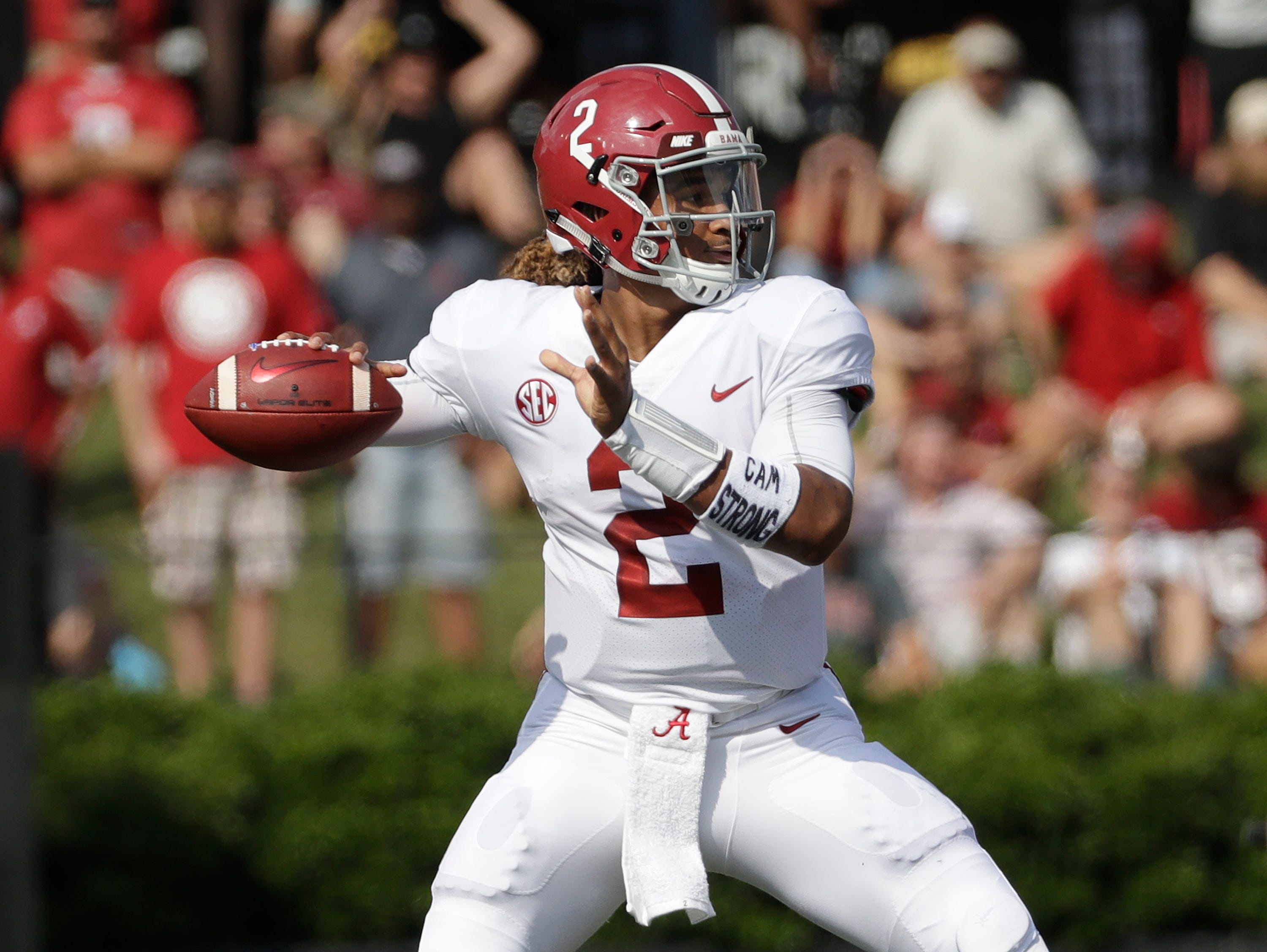 Alabama quarterback Jalen Hurts (2) passes against Vanderbilt.