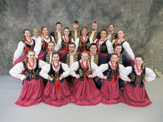 636602561158903776-pole-dancers.jpg