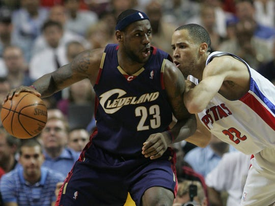 Detroit Pistons' Tayshaun Prince, right, guards Cleveland Cavaliers' LeBron James during the first quarter in Game 5 of the Eastern Conference Finals on May 31, 2007.