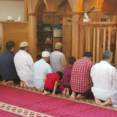 Local Islamic community gathers at Greenfield mosque to reflect on holy month of Ramadan
