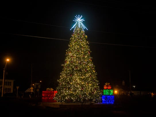 Spring Grove Holds First Tree Lighting Ceremony