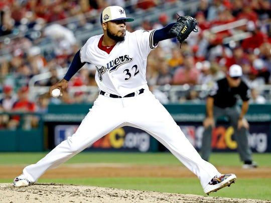 Brewers reliever Jeremy Jeffress pitches in the sixth inning of the All-Star Game.