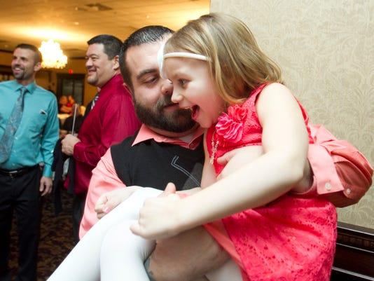 635907351503166433-Daddy-Daughter-dance-03.jpg