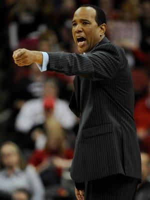 Kevin Keatts coached his UNC Wilmington team to a close loss this season at the KFC Yum! Center