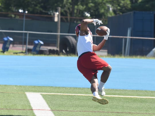 Lakeland Anthony Tanner makes a catch Wayne Valley 7-on-7 football