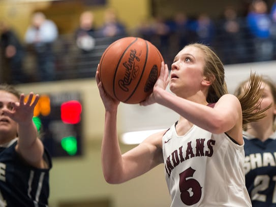 Southern Fulton Indians Emily Bradshaw (5) shoots the