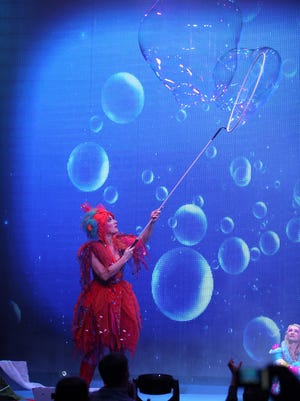 "The ""Underwater Bubble Show"" will be performed Tuesday, Oct. 25 at San Juan College."