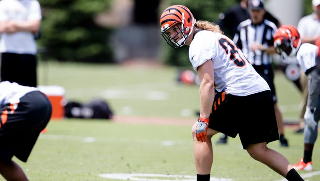 Cincinnati Bengals running back Ryan Hewitt (89) looks on during practice in the second week of OTAs at the Cincinnati Bengals practice facility in downtown Cincinnati on Tuesday, June 5, 2018.