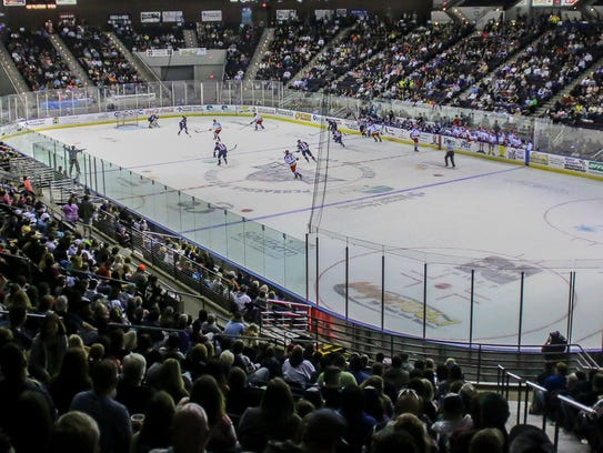 The Pensacola Ice Flyers take on the Roanoke Railyard