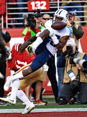 Titans cornerback Adoree' Jackson (25) almost gets an interception in the second half Sunday.