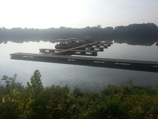 boat dock photo overview