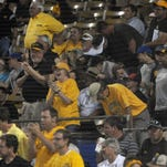 Gallery | USM fans cheer on Golden Eagle baseball