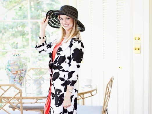 Elizabeth Calkins Stay-at-home mom. Her style: My style is classic and Southern chic. I love dresses. Favorite shops: Ann Taylor and White House Black Market.
