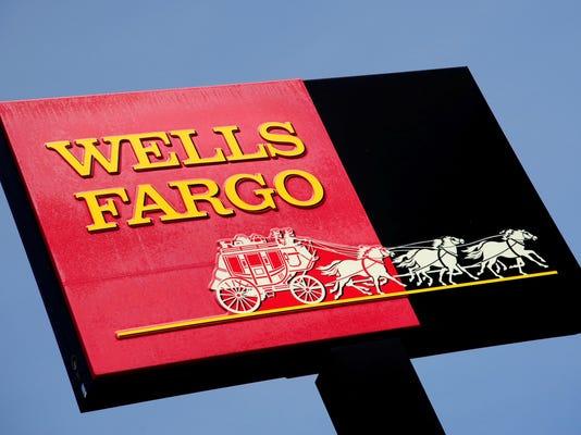 -APCBrd_07-10-2014_Crescent_1_B005~~2014~07~09~IMG_3_Wells_Fargo_10.jpg_2_1_.jpg