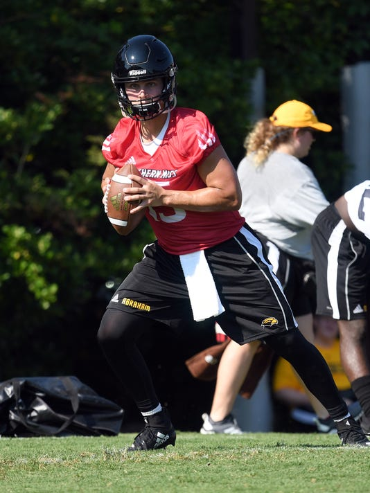 636689049873881882-USM-Fall-Camp-25.jpg