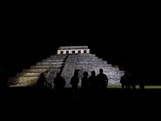 Mexico Maya Tomb_Vazq