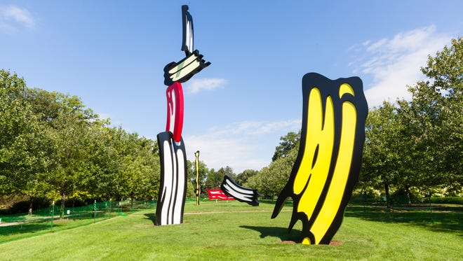 "Roy Lichtenstein's ""Five Brushstrokes"" has been installed at the Indianapolis Museum of Art."