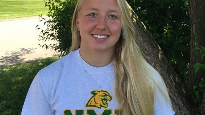 Zoe DeKievit committed to Northern Michigan for swimming.